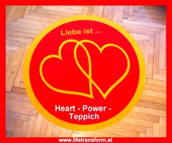 Heart Power-Teppich ROT